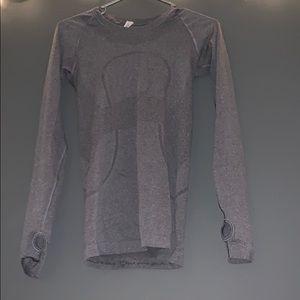 Gray lululemon shirt